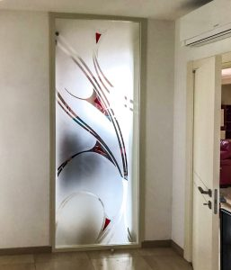 Read more about the article Porte in vetro a Bologna e provincia (anche decorate)